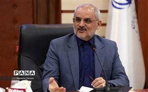 حاجی میرزایی خبر داد: تعیین تکلیف رتبهبندی نیروهای آموزشی شاغل در بخش اداری تا مهر ۹۹