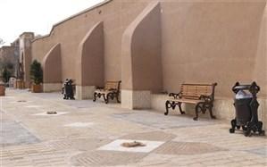 نصب مبلمان شهری در پارکهای بافت تاریخی یزد