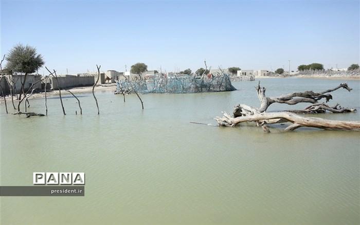 بازدید حسن روحانی از مناطق سیل زده استان سیستان و بلوچستان
