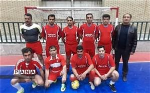 تیم فرهنگیان ابرکوه به مرحله نیمه نهائی مسابقات فوتسال جام سردارسلیمانی راه یافت