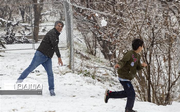 تعطیلی مدارس (بارش برف)