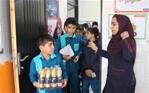 دومین سیل مهربانی دبستان محمد بیگی بوشهر + تصاویر