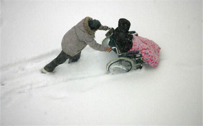 چالش معلولان در روزهای برفی