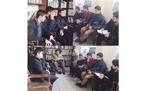 برگزاری جلسه شورای دانش آموزی دبیرستان مدرس متوسطه اول منطقه12