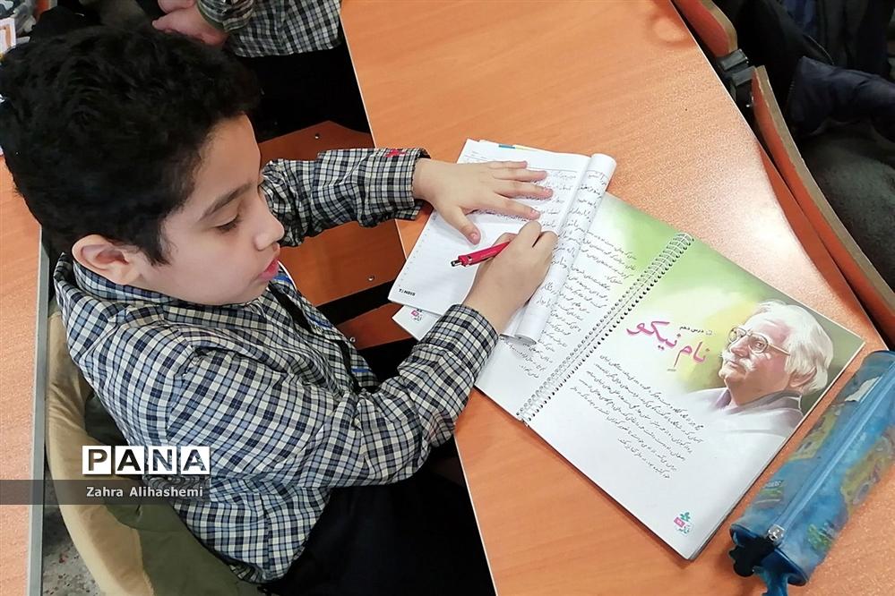 مراسم افتتاحیه دو مدرسه خیرساز در منطقه17