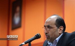 """کریمی: جمهوری اسلامی ایران تنها انقلابی بود که 98.2 درصد به آن رای """"آری"""" دادند"""