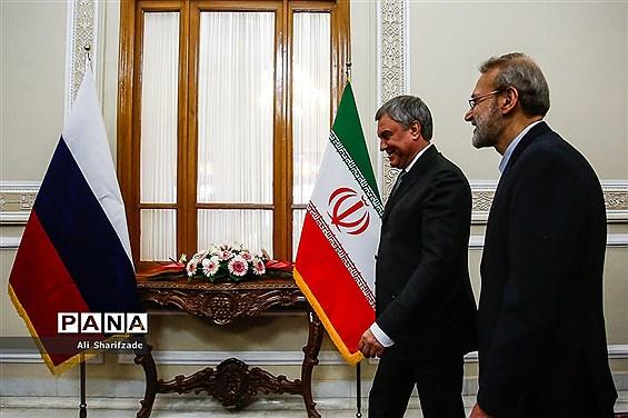 دیدار علی لاریجانی با رئیس دومای روسیه