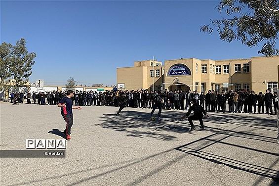 برگزاری مسابقات فوتبال بین کلاسی جام شهید سلیمانی در دبیرستان دوره دوم مومنین