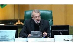 لاریجانی :بیایید همه با توجه به شرایط کشور از سیاه نمایی پرهیز کنیم