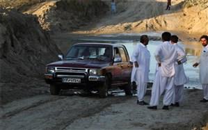 رودخانه خروشان مانع رفتن اهالی شهر قصرقند به چابهار+فیلم