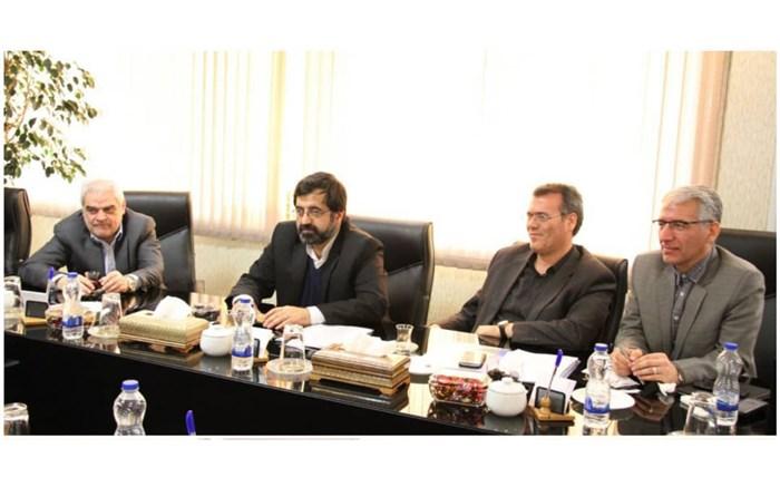 نشست مشترک مدیرعامل سازمان صنایع کوچک و شهرکهای صنعتی ایران و استاندار اردبیل