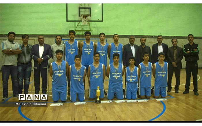 تیم بسکتبال ناحیه یک قهرمان استان