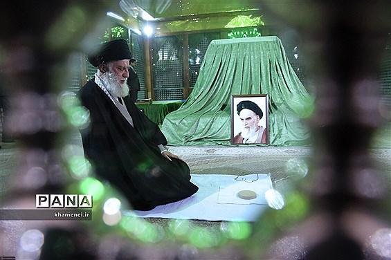 حضور رهبر انقلاب اسلامی در مرقد مطهر امام راحل و گلزار شهدای بهشت زهرا
