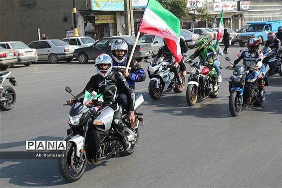 رژه موتورسواران در قائمشهر
