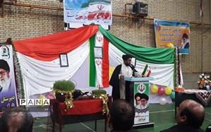 پیشرفت آینده ایران در دست دانش آموزان است