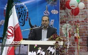 رهبری، اسلام، مردم و کارآمدی مؤلفه های اصلی مانایی انقلاب اسلامی
