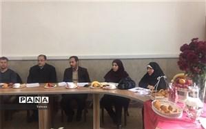 برگزاری جلسه مدارس بخش سه دولتی در منطقه3