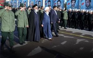 صبحگاه مشترک نیروهای نظامی و انتظامی یزد برگزارشد