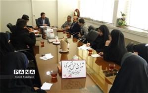 نشست روسای شورای دانش آموزی مدارس شهرستان