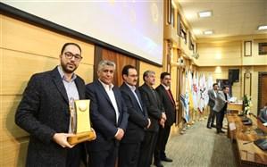 لوح زرین مدیرموفق ملی به شرکت گسترش خشکبار خاورمیانه رسید