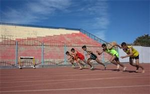 سی و هفتمین دوره مسابقات قهرمانی دانش آموزان استان بوشهر رشته دوومیدانی پسران برگزار شد