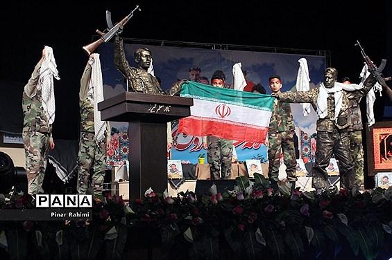 یادواره شهدای دانشآموز و فرهنگی در تبریز