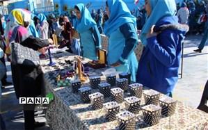 برپایی بازارچه کسب و کار و جشنواره غذائی توسط دانش آموزان یزدی + تصاویر