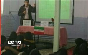 برگزاری کلاس آشنایی و مقابله با ویروس کرونا در دبیرستان فاطمیه کاشمر