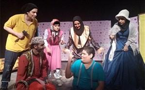 تئاترکمدی« پزشک نازنین » روی صحنه نیشابور