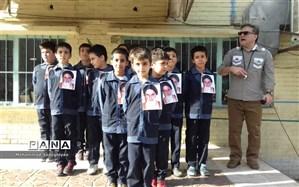 شور ونشاط در سرود دانش آموزان مدرسه سالاری در منطقه19