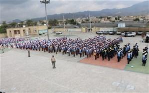 مانور تشکیلاتی یاوران انقلاب با حضور 800 دانش آموزدر رودان برگزار شد