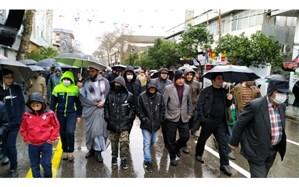 راهپیمایی مردم مازندران زیر آسمان بارانی ۲۲ بهمن