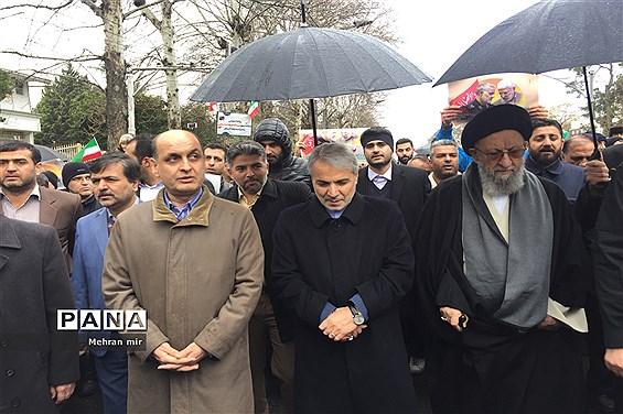 راهپیمایی پرشور 22 بهمن در گلستان