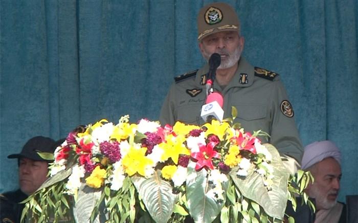 فرمانده کل ارتش جمهوری اسلامی ایران