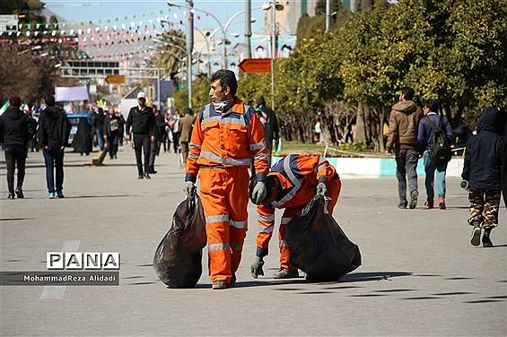 پاکبانان؛ هم مثل همیشه حاضر بعد از راهپیمایی 22 بهمن