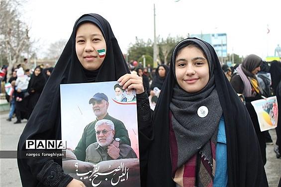راه پیمایی 22 بهمن در تربت جام
