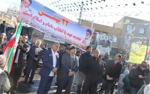 رئیس آموزش و پرورش شهرستان پاکدشت :حضور ملت ایران در تمامی صحنه ها گواه اقتدار ایران در عرصه های  جهانی است