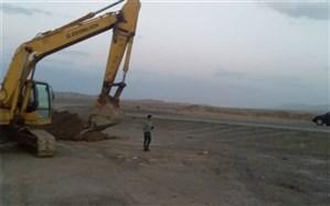 حفر کانال حفاظتی به منظور حفاظت از عرصه های ملی و تاغزارها در شهرستان اشتهارد