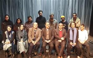 تئاتر «خوابگرد» در جشنواره تئاتر فجر کشور روی صحنه رفت