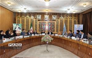 دیدار نمایندگان مجلس دانش آموزی با مدیر کل آموزش و پرورش اصفهان