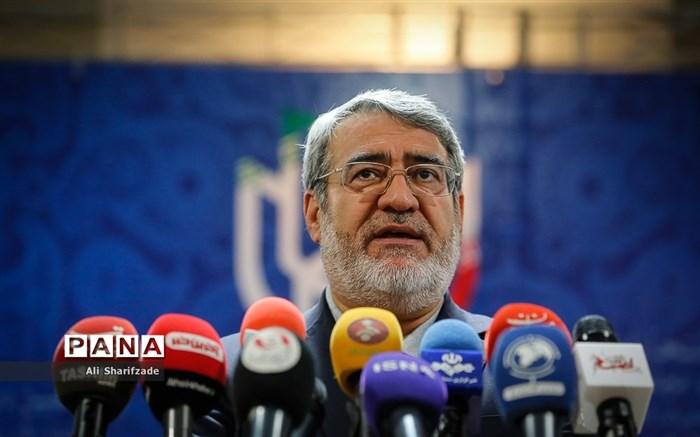 بازدید وزیرکشور از روند ثبت نام انتخابات یازدهمین دوره مجلس شورای اسلامی