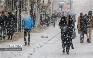 بارش برف و باران همراه با کاهش دما در کشور