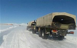 امدادرسانی گروه 11 توپخانه ارتش مراغه به مناطق گرفتار در برف هشترود و چاراویماق