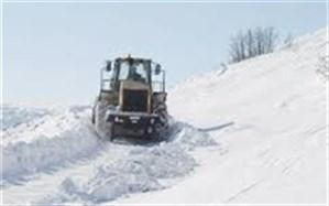۷ روستای مهاباد پس از گذشت ۴ روز همچنان در محاصره برف