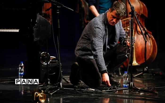 چهارمین شب سی و پنجمین جشنواره موسیقی فجر