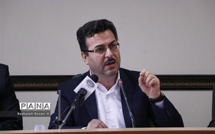 نشست خبری مدیرکل کمیته امداد امام خمینی استان قم