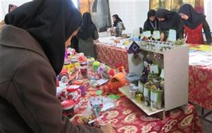 برگزاری نمایشگاه دمنوش های گیاهی در نی ریز