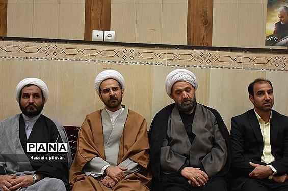 جشن گلباران نرگس در مجتمع فرهنگی و مذهبی و خیریه ابن حسام
