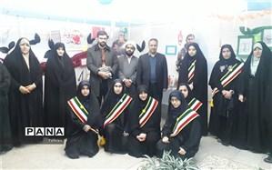 بازدید یارمحمدی، معاونت پرورشی از نمایشگاه دبیرستان مشکوة شاهد منطقه 3