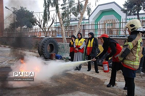 کارگاه آموزشی اطفاء حریق در شهرری